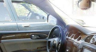 2008 Buick Enclave interior