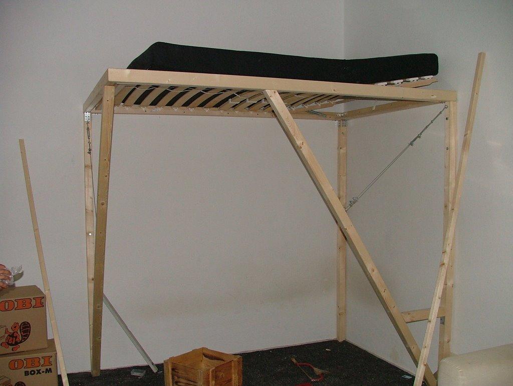 hochbett selber bauen anleitung die neuesten innenarchitekturideen. Black Bedroom Furniture Sets. Home Design Ideas