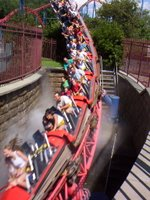 Superman - Ride of Steel | Six Flags New England