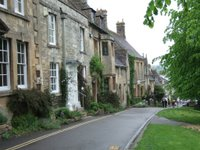 Looking down the main road into Burford