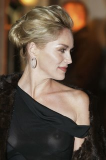 Sharon_Stone_braless