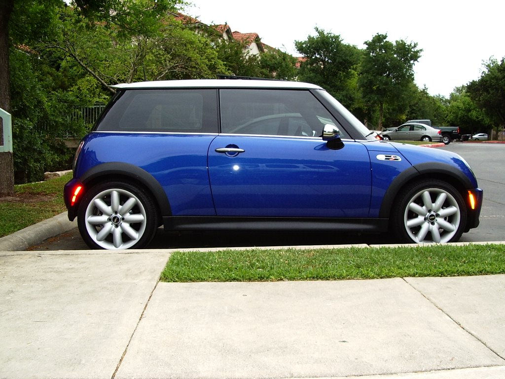berksworld 2005 mini cooper s hyper blue. Black Bedroom Furniture Sets. Home Design Ideas