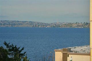 Lake Washington, viewed from Lake Washington Blvd.