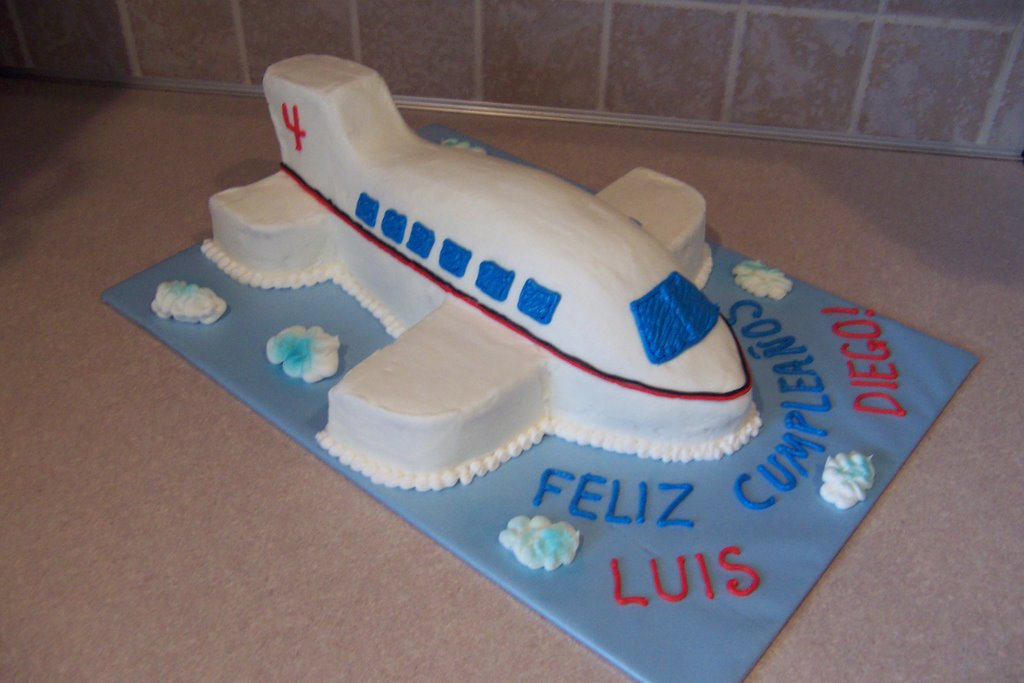Super delicious birthday cookies Airplane Cake
