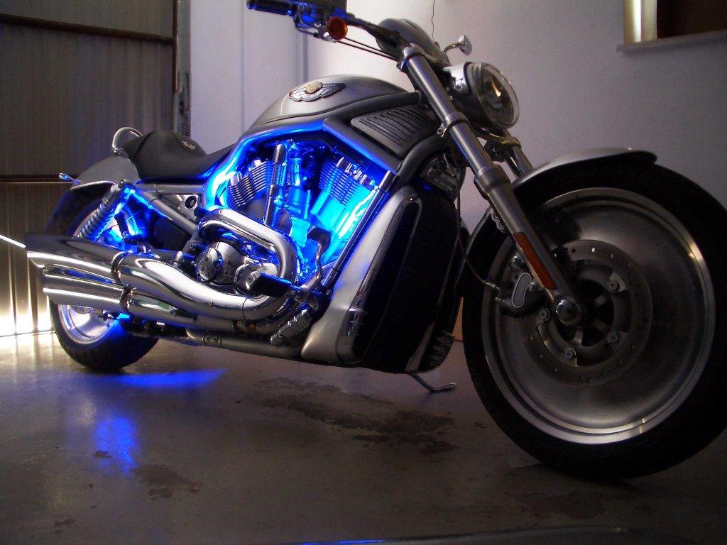 led motorrad beleuchtung dekoration bild idee. Black Bedroom Furniture Sets. Home Design Ideas