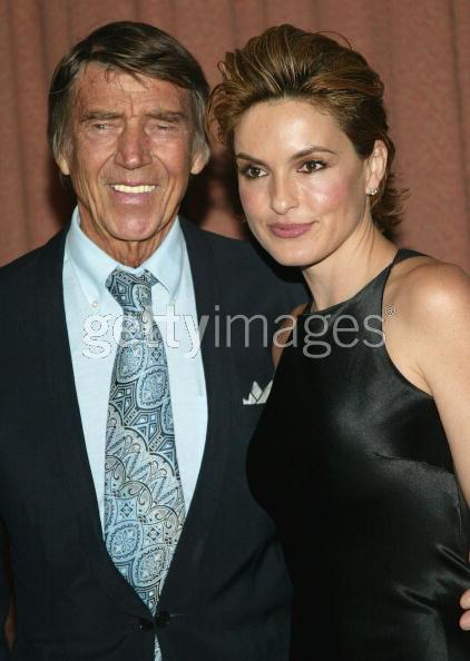 Pass the remote tuesday 39 s news notes for Mariska hargitay mother and father