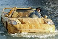 Wood Ferrari