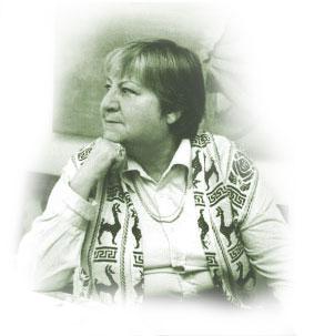 Gloria Fuertes, 100