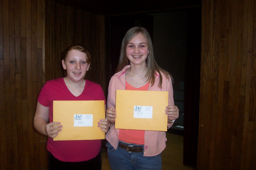 essay contests for middle school children It has state writing resources from seventeen states, and there are tons of additional elementary and middle school writing samples note to visitors from outside the united states – oregon seems to block ip addresses from countries outside of the us.