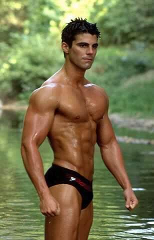 speedo muscle gay