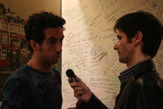 Luís Silva do Ó entrevista  Ivan Cristiano, baterista dos UHF. Fotografia: BGP