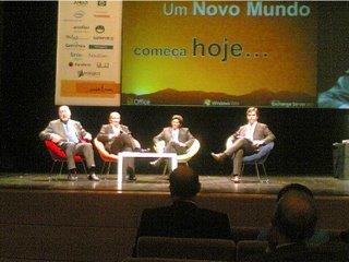 Debate com António Peres Metello, Carneiro Jacinto (moderador), Aristides Menezes e José Gomes Ferreira
