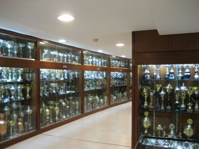 Vista parcial do 1º andar da Sala de Troféus dedicado às Modalidades Amadoras