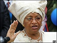 Ellen Johnson-Sirleaf has been sworn in as Liberia's president, making her Africa's first elected female leader.