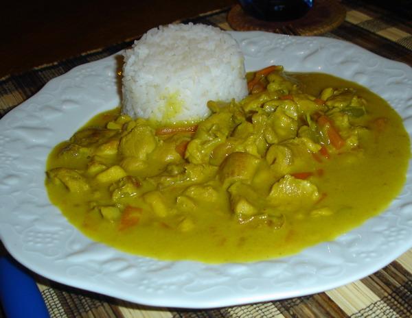 Plage ou cuisine poulet au curry et au lait de coco - Poulet au curry et lait de coco ...