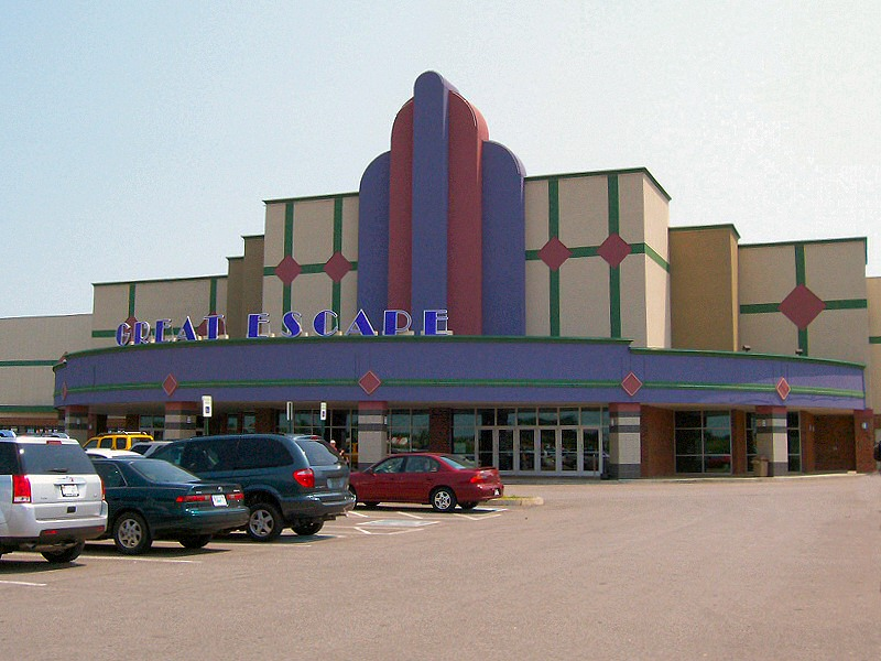 Movies & Showtimes for Regal Clarksville Stadium 16 & RPX Buy movie tickets online. Select a hereifilessl.gaon: Tiny Town Road Clarksville, TN.