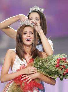 Jennifer Berry crowned Miss America