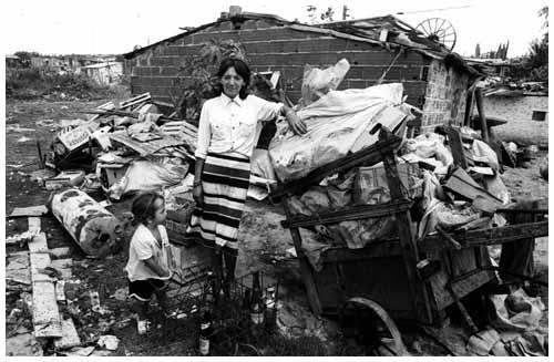 Fotograf as hugo villalobos villas miseria for Villas miserias en argentina
