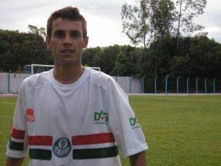 Giovaninho_mais artilheiro do que nunca, 9 gols marcados