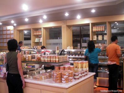 Sweetheart/Bawean Bakery