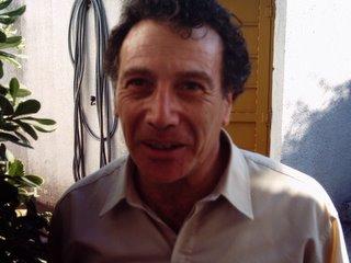 Daniel Galvaño, Psicólogo