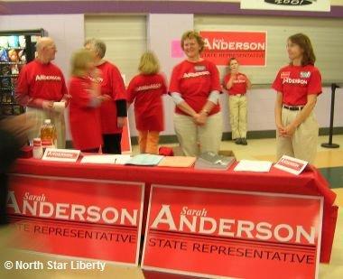 Sarah Anderson volunteers (Photo: North Star Liberty)