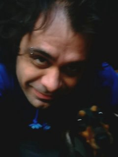 Claudio y su amiga la Chiquita, alias Stich, Orejotas, Salchichona, etc...