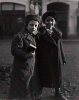 'Two children' by Roman Vishniac, 1938 (http://photomuse.org/)