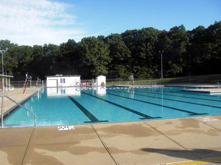 Huntington Masters Swim Team Labor Day 2006 At Dix Hills Pool Part 3