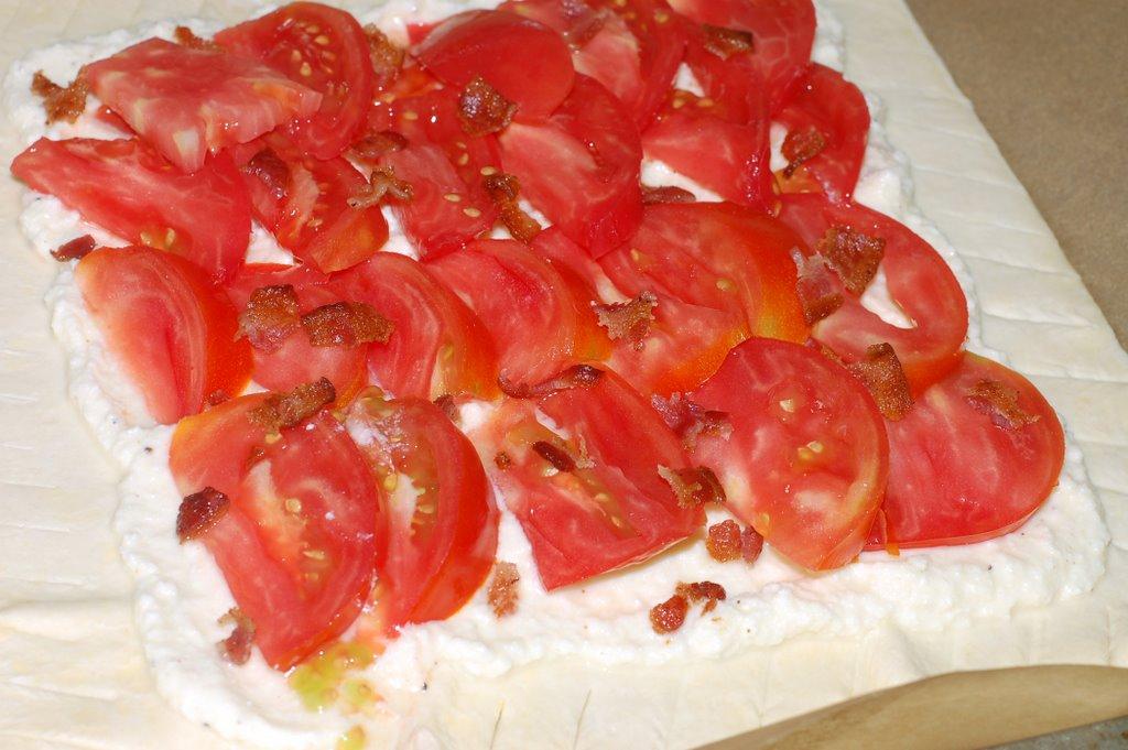 Calendula & Concrete: Fresh Tomato Tart for Brunch