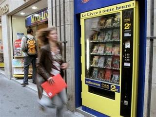 book vending machines in paris