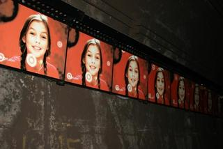 tunnel advertising