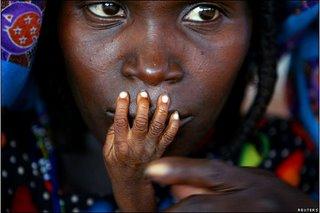 مادر و کودک گرسنهی افریقایی