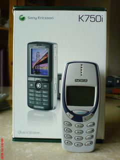 Sony Ericsson k750i and Nokia 3330