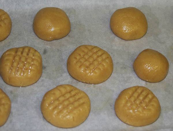 A r a d a recipe a day peanut butter cookies for 1 tablespoon of peanut butter