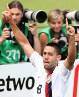 Clint Dempsey celebrates his goal