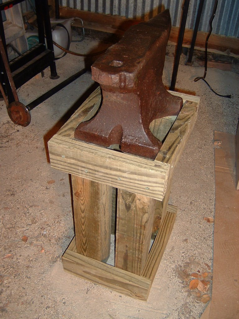 Wooden Iron Stand Designs : Forging fun a wooden anvil stand