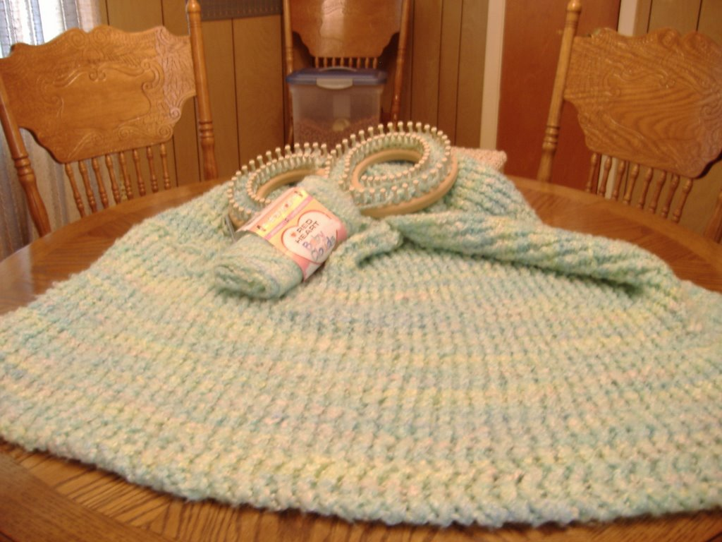 This and Sometimes That: Infinity Loom Blanket