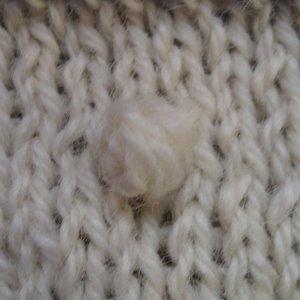 KnittingGuru: Another Question for the KnittingGuru - How to Make Bobbles