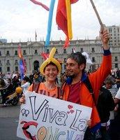 Carol y Queno Celebrate at La Moneda