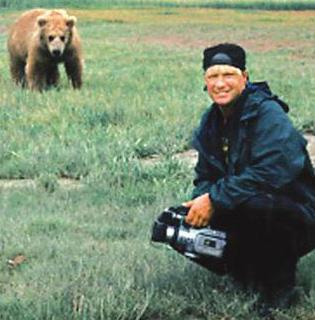 timothy treadwell behavior essay I liked it so much that i have decided to interrupt my ongoing series of essays regarding of timothy treadwell makes treadwell's behavior so anger.