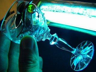 以紫外線硬化藥水