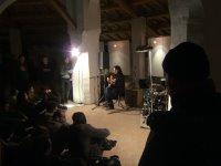 Majirelle apre il concerto degli Evens (la sagoma sulla destra è Ian MacKaye