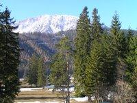 En partant de la Mamauwiese, vue sur le Hochschneeberg