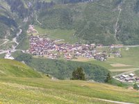 Village de Curaglia, sur la route du Lukmanier