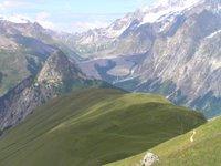 Depuis la Tête de la Bernarde, les deux moraines du Glacier du Miage