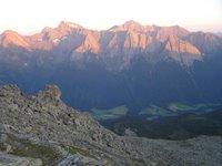 Devant la Landshuter Europahütte, vers le Sudtirol, voici le Val de Pfitsch