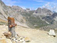 Au Col du Vallon. A gauche au fond, le Mont Thabor