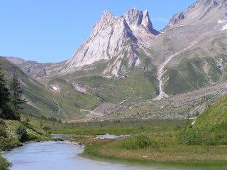 Fond du Val Veny depuis le lac Combal
