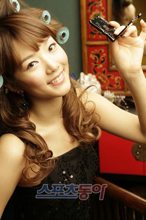http://photos1.blogger.com/blogger/3803/742/1600/Bae%20Seul%20Gi4.jpg
